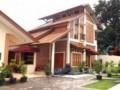 Yustina Homestay – Jl. Dukuh Kupang, Dukuh Pakis, Surabaya